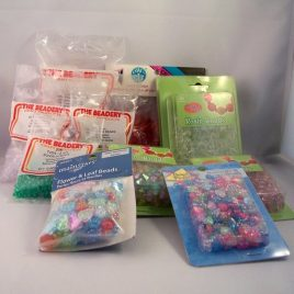 huge lot of acrylic beads - 2125 beads $24.95 with free shipping - plenty of variety including crystal